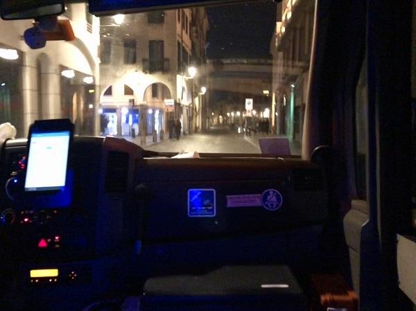 Night Bus interno-2