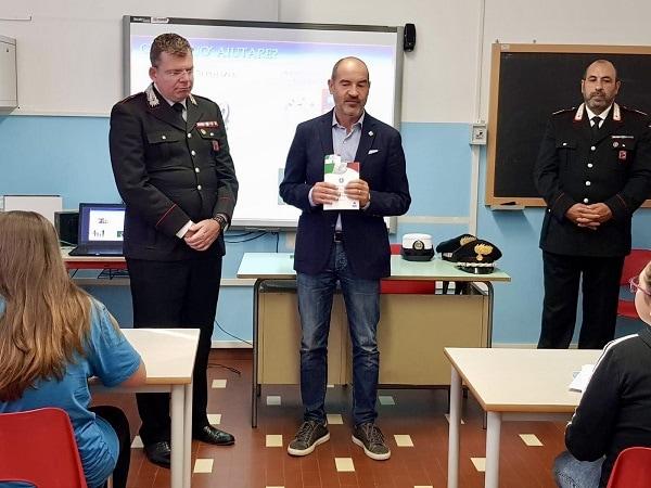 Carabinieri Scuola San Pietro Viminario 2-2