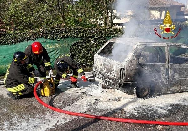 Incendio Lozzo 2-2-2