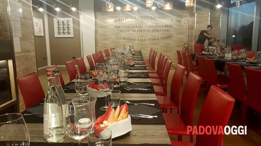 la cena degli sconosciuti al ristorante perpiacere restaurant cafe-4