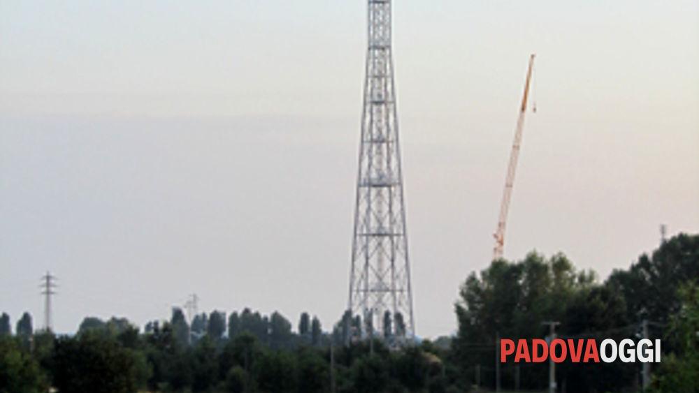petizione contro traliccio antenne radio quartiere 3 terranegra-forcellini  padova-6