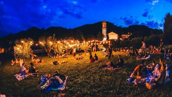 """PicNic sotto le stelle """"Sogno di una notte di inizio estate"""" a Villa dei Vescovi"""