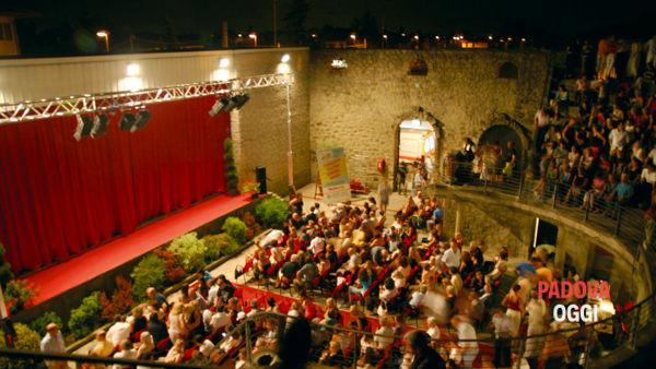 estate in arena, due mesi di teatro e musica a montemerlo-2