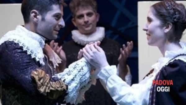 """""""I promessi sposi"""", spettacolo alla Corte Benedettina di Legnaro"""