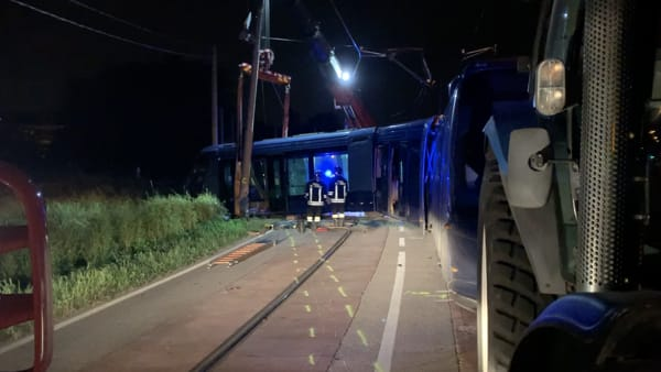 Il tram deragliato in Guizza