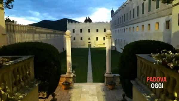"""""""Visita speciale notturna"""" al castello del Catajo"""