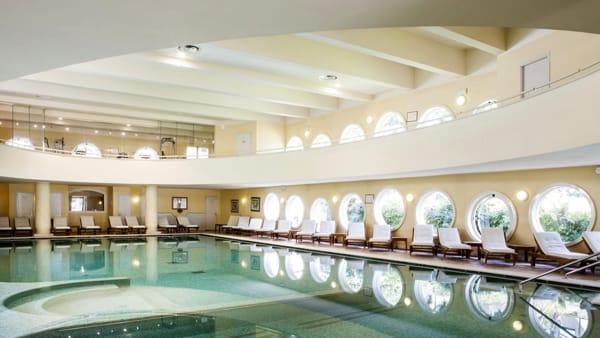 3 ErmitageBelAir_piscina interna-2