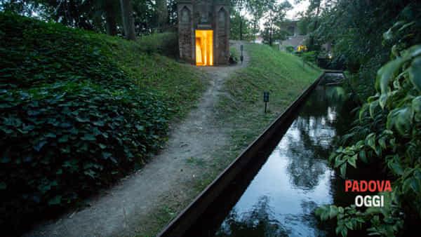 """Per Silentia e Nomos III"": visite speciali all'Orto Botanico"