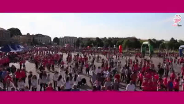 Pink run in Prato, oltre 5mila donne in corsa per la solidarietà - VIDEO