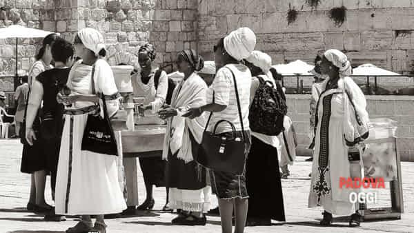 """""""Gerusalemme punto d'incontro. Viaggiare per fotografie"""", mostra al museo della Padova ebraica"""