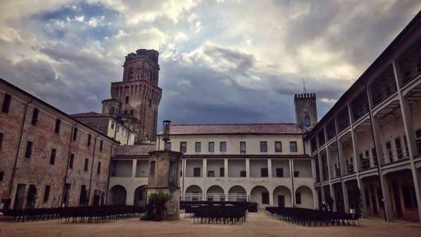 """""""I segreti del Castello e le dipinte prigioni"""", visite guidate su prenotazione al castello Carrarese"""
