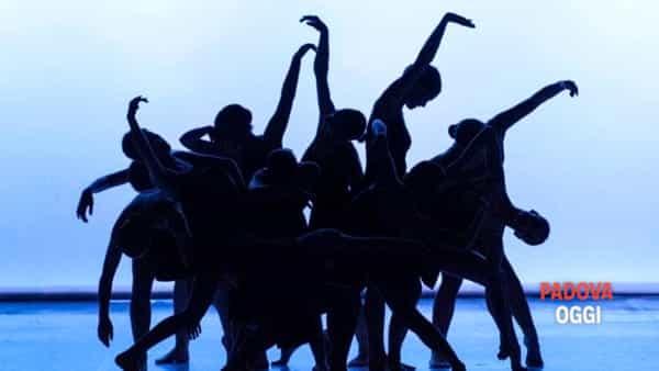 """Urti Urbane - """"Emozioni d'Arte"""", performance di danza a Selvazzano con Fantalica"""