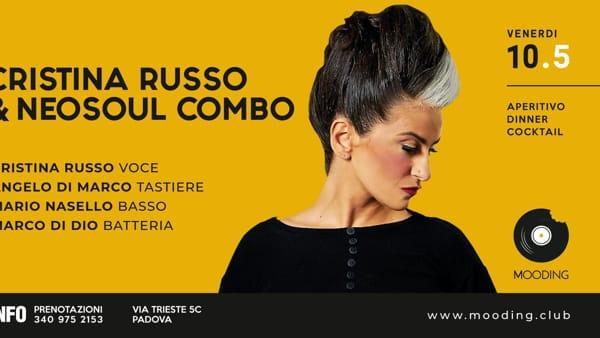 Cristina Russo & Neosoul Combo live al Mooding