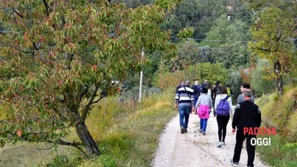 Escursione sui sentieri dei Colli Ventolone e Piccolo