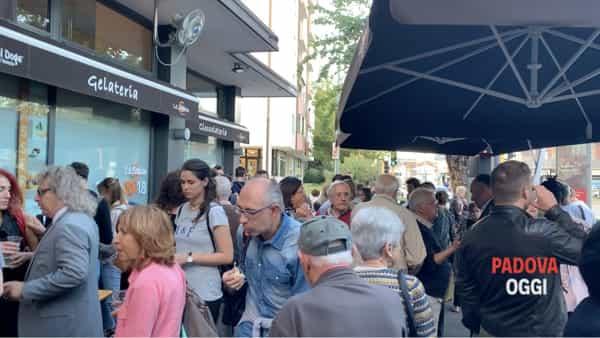 Consiglieri e cittadini a Le Sablon per il Configliachi