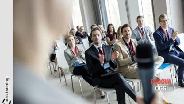Corso di public speaking, parlare in pubblico con più sicurezza al Centro di formazione Formorienta