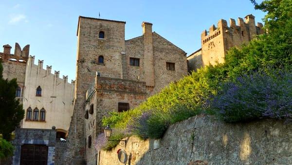 Visita guidata al castello e al centro storicodi Monselice con Affresco Euganeo