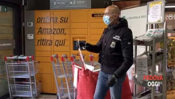 La mascherine della Regione distribuite nei supermercati