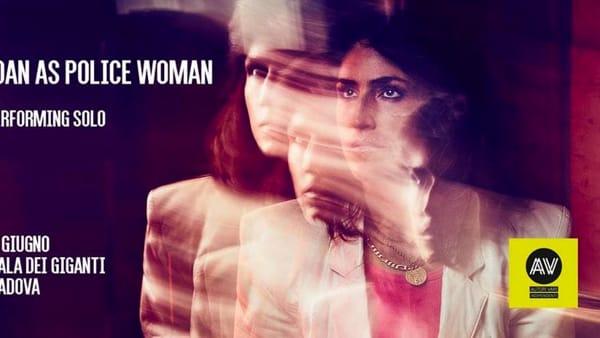 "Joan As Police Woman ""solo tour""live allaSala dei Giganti"