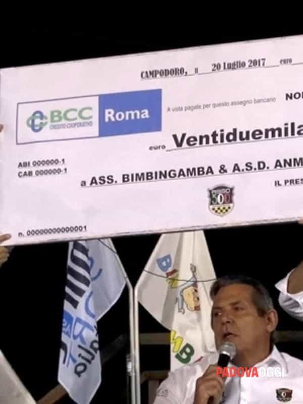 22.000 euro in beneficienza per anmil e bimbingamba-4