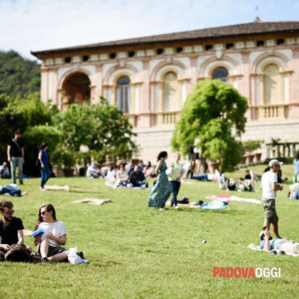 pic nic in villa-2