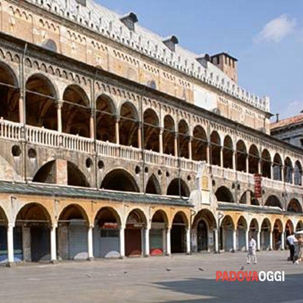 palazzo-della-ragione_1_original